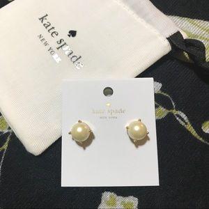 KSNY studs pearl earrings